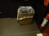92ゴミ箱は竹かご
