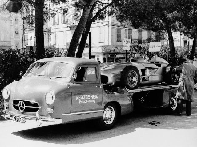 Mercedes_Benz_Blue_Wonder_Transporter_1954_07
