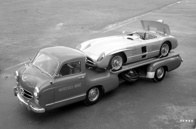 Mercedes_Benz_Blue_Wonder_Transporter_1954_10_1