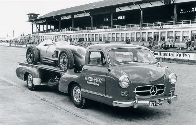 Mercedes_Benz_Blue_Wonder_Transporter_1954_01_1