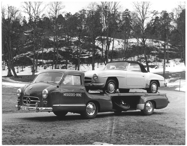 Mercedes_Benz_Blue_Wonder_Transporter_1954_18