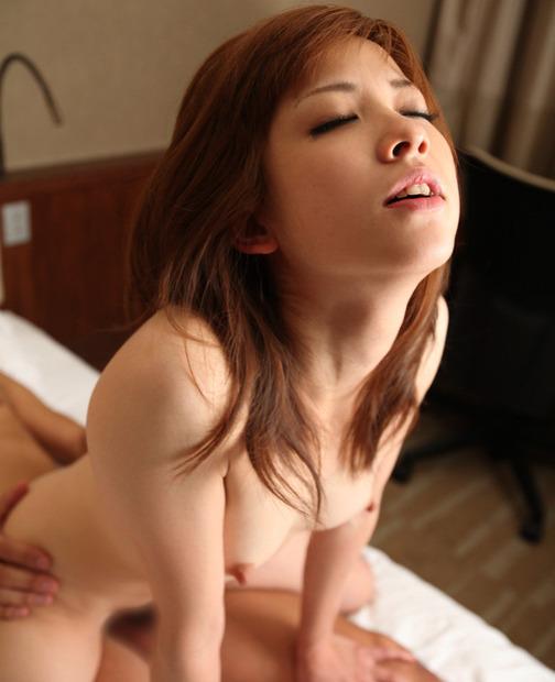 img美女のイキ顔オーガズムのエロ動画像 (2)