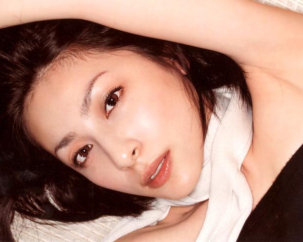 美女・美少女のおっぱい・お尻・下着姿のエロ動画像 (25)