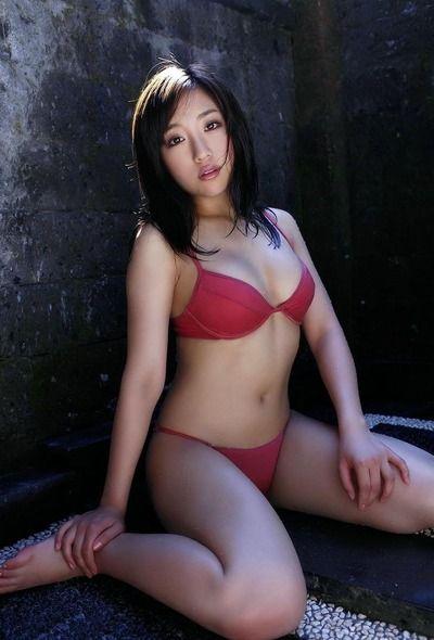 純粋そうな下着姿の美女 (8)