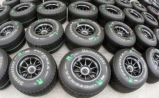 マクラーレンのタイヤ(ブリヂストン)とホイール(エンケイ)、2009年F1中国GP