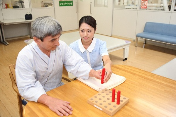 松方弘樹さん悪性の脳腫瘍と診断され手術困難か?