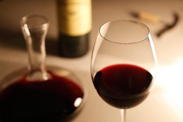 赤ワインの常飲でほぼ確実に「がん」になる?