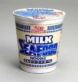 牛乳シーフードヌードル