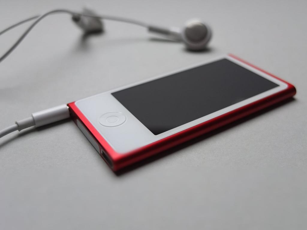 音楽は Ipod ヘッドフォン リンゴ ナノ 歌 赤 高精細の画像 Ro木材プレーンな壁紙に入力しますritz 壁紙