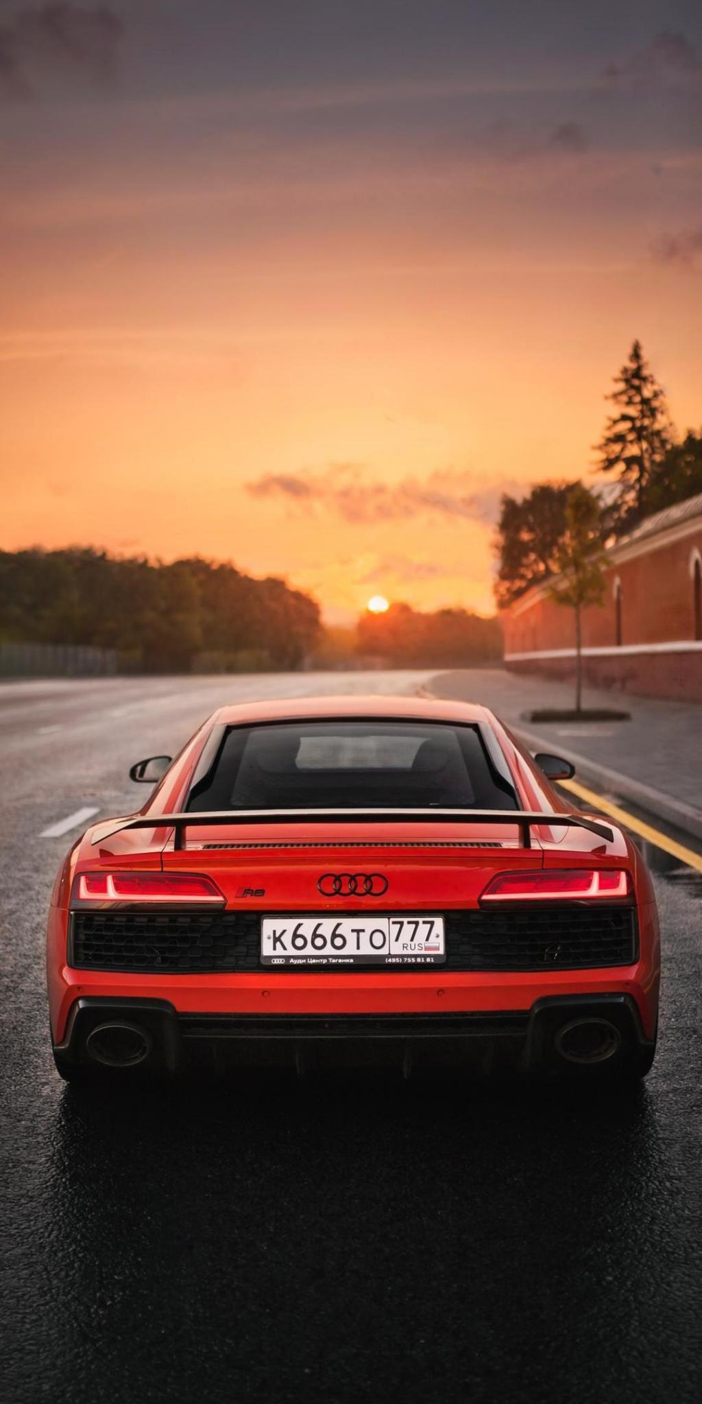 アウディは車のlec画面ro日没のiphoneの壁紙 ロック画面の画像 Hdの携帯電話の壁紙 車で走ります 壁紙