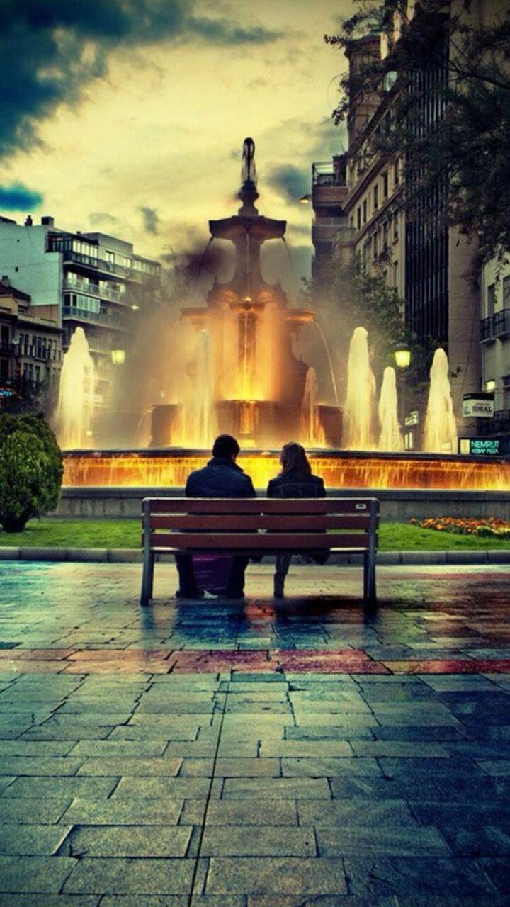 Uミリアンペア里メッロマンチックな噴水でのデスクトップの壁紙の愛好