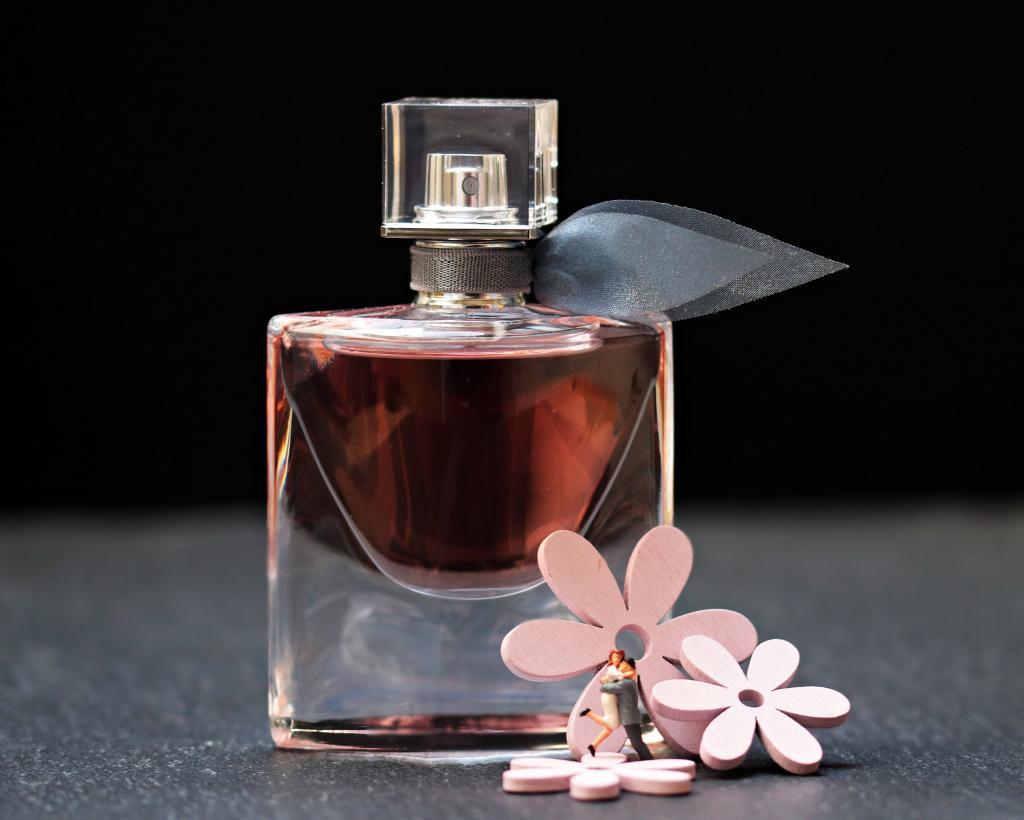 香水 シャネル ガラス びん まだ生活 香水瓶 香り