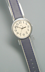大人のカジュアル腕時計リキワタナベAABT003