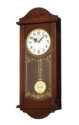 余韻のある美しい音色が特徴の電子音チャイムによる報時の木枠の柱時計