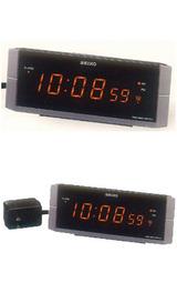 セイコーデジタル表示の電波時計DL204N