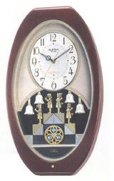 ランプの点滅と共に、人形が鐘を鳴らす動作をするからくり時計