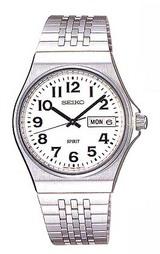 はっきり見やすい文字と針の腕時計
