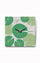 ファブリック(布地)掛け時計の「蓮に蛙」デザイン