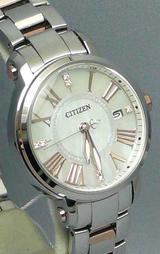 シチズン CITIZEN クロスシー電波時計ダイヤモンドモデル レディースウオッチXCD38-9024