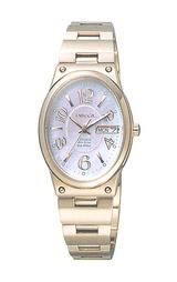 シチズンのおしゃれなソーラー腕時計ウィッカ NA15-1321A