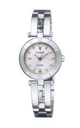 シチズンの女性用ソーラー腕時計ウィッカNA15-1572C