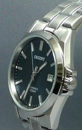 オリエント時計(ORIENT)の紺色文字板のメンズウオッチスイマーWW0301UN