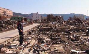 女川町2(2011年4月10日)