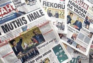 安倍首相の訪問を1面で大きく報じたトルコ各紙