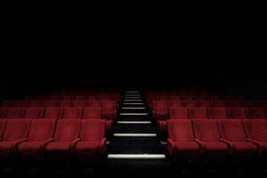 【朗報】(ヽ´ん`)「いい映画は母親と一緒に観て思い出を作るべき」
