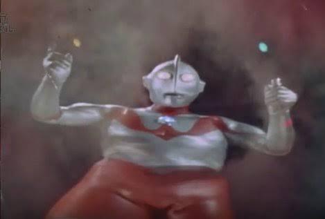 ウルトラマン「なに?地球人が謎の事故で命を落としただって?」