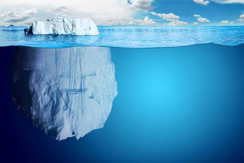 【画像】氷山、ヤバ過ぎるwwwwwwwwwwwww