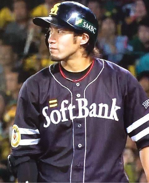 柳田悠岐(27).363 34本 99点 32盗塁ops1.101←パーフェクトな選手