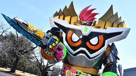 【朗報】仮面ライダーの中間フォーム、カッコ良すぎる