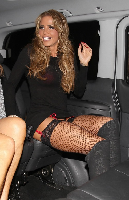 Katie Price Upskirt in stockings in Brighton JAN-28-2012 (6)
