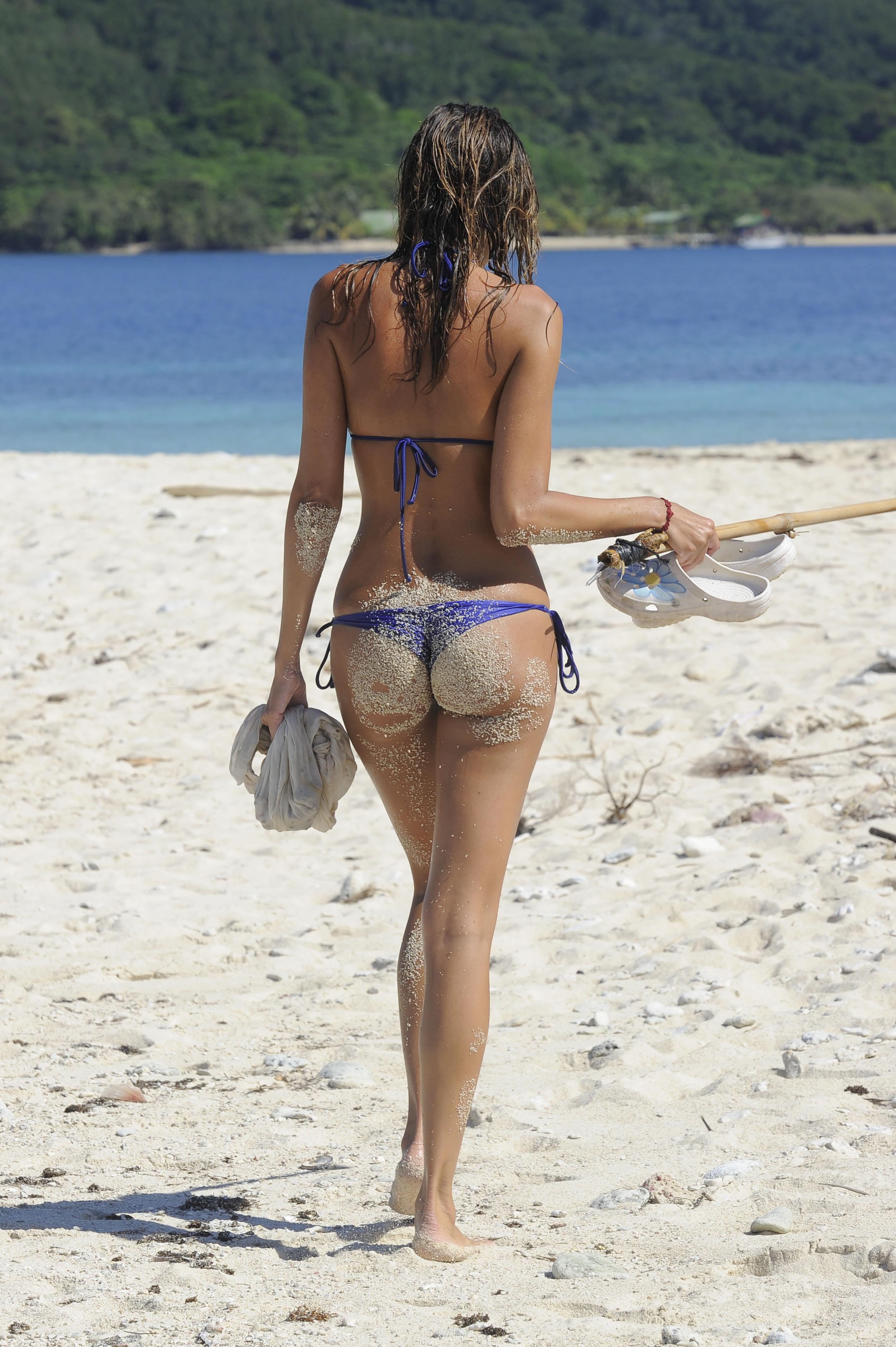 Фото вид сзади на пляже 7 фотография