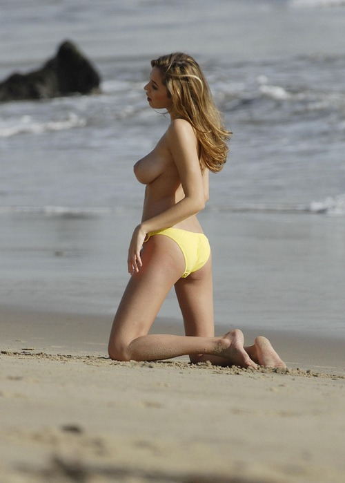 Keeley Hazell in beach PS 2007 Topless