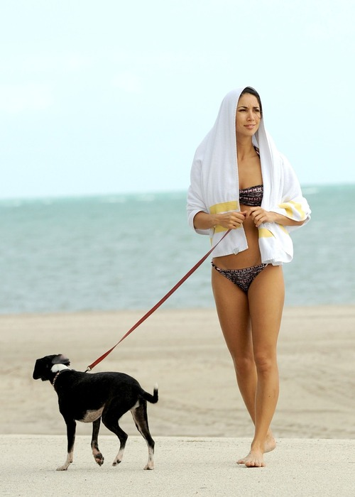 Leilani Dowding - Miami Beach 27 January 07