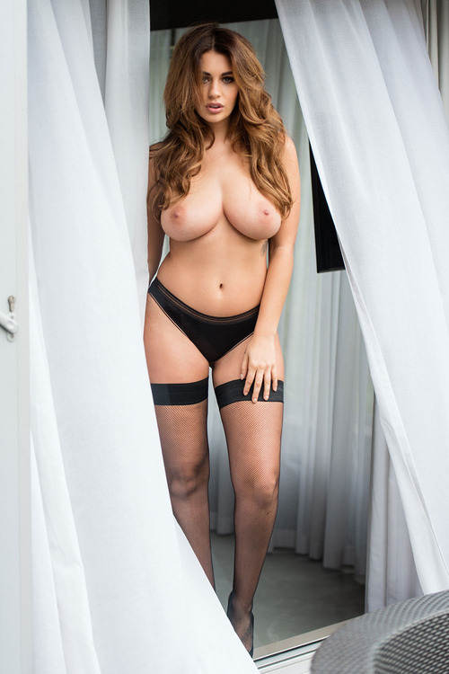 Holly Peers P3PS (2)