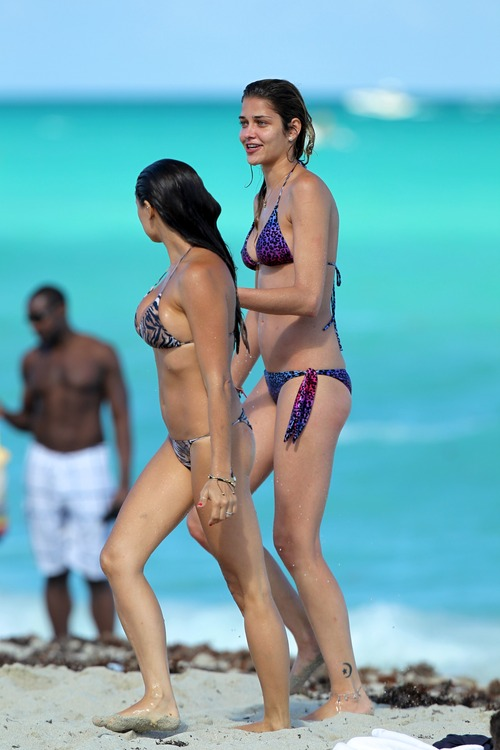 Ana Beatriz Barros bikini at the beach in Miami (2)