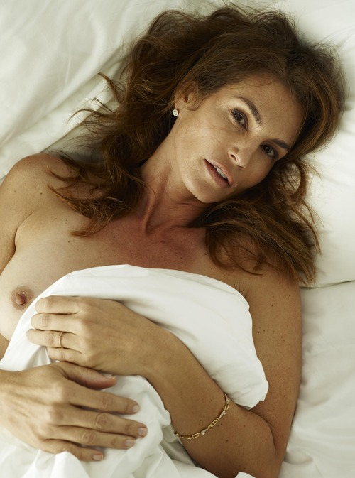 xnews2 Cindy Crawford w25