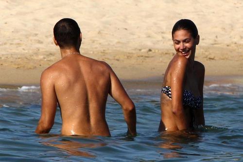 Melissa Satta bikini candids in Sardinia Italy (8)