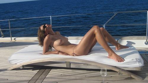 xnews2 Zoe Duchesne 43