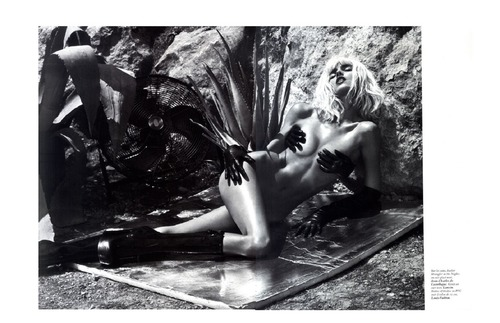 Anja Rubik - France Vogue Oct 2011 (3)