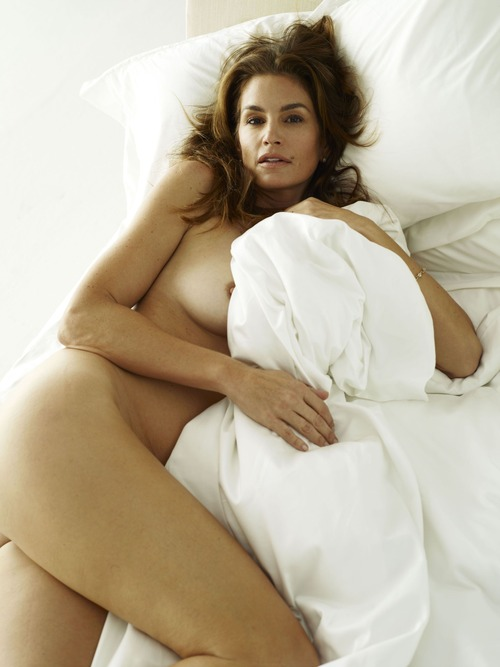 xnews2 Cindy Crawford w10
