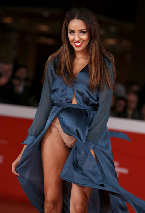 Zaina Dridi wardrobe malfunction at the Rome Film Festival, 2015 October 22
