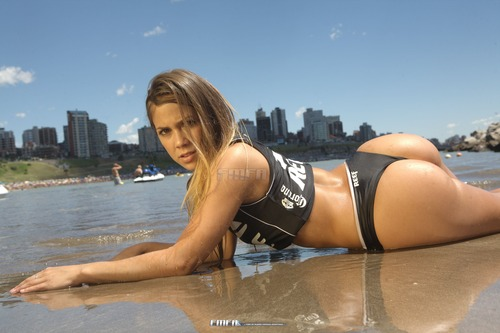 Victoria Alvarez - Miss Reef 2011 Photoshoot 06