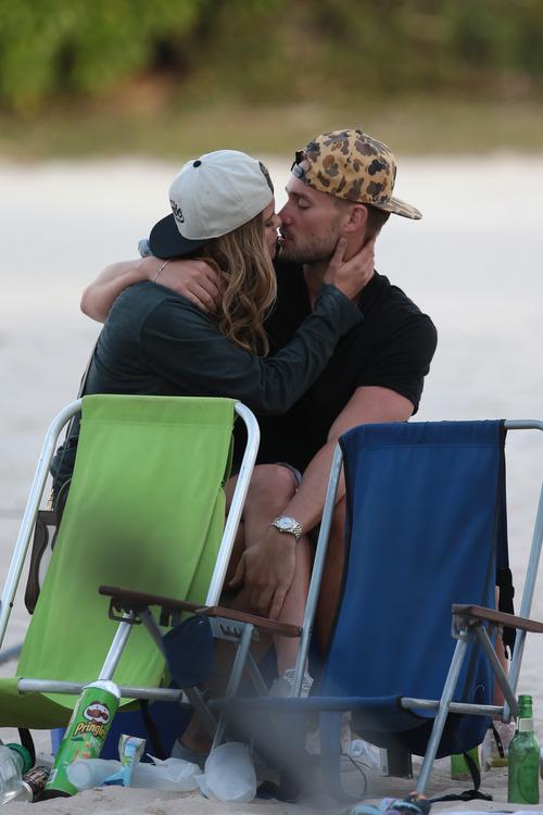 Nina Agdal & Boyfriend Reid Heidenry (44)