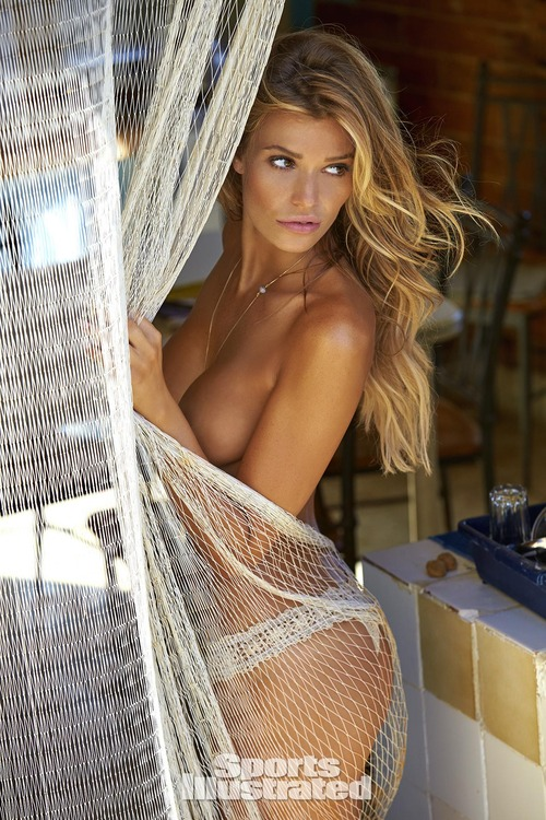 samantha-hoopes-2016-photo-sports-illustrated-x1