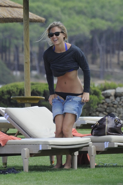 Bar Refaeli day 2 in BIKINI in Porto Cervo (1)