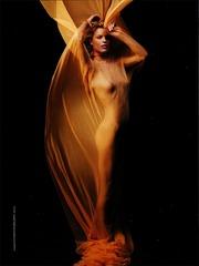 Eva Herzigova - Nude GQ 2002 v04